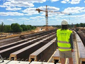 Liktiniai klijiniai tiltams Vilniaus vakarinio aplinkkelio viaduko statyba Inovatyvi statyba www.santvaros.lt