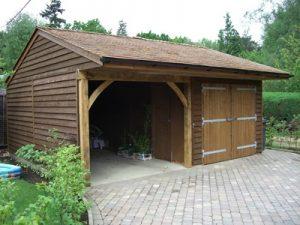 Medine pavesine garazas automobiliui Inovatyvi statyba www.santvaros.lt