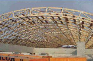 Sandėlis Lenkijoje su skliautiniu medinių santvarų stogu-projektai-santvaros.lt