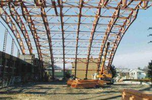 Visuomeninis medinių konstrukcijų pastatas - sporto arena - santvaros.lt