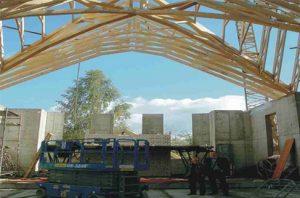 bažnyčios stogas su medinėmis santvaromis-projektai-santvaros.lt