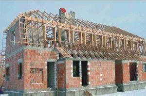 mansardinis medinis stogas su santvaromis-projektai-santvaros.lt