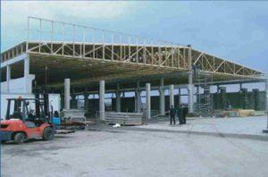 prekybos centras su didelio tarpatramio medinėmis santvaromis-projektai-santvaros.lt